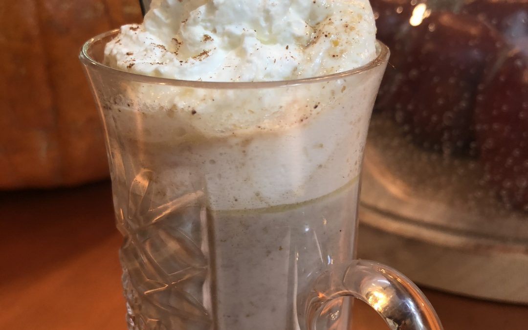 White Hot Chocolate with Pumpkin and Pummull Spice